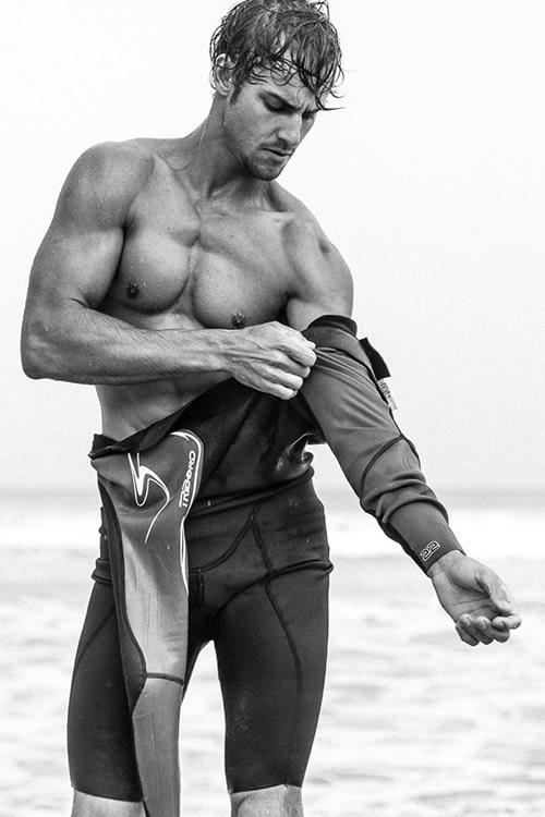 henrique-hansmann-wetsuit